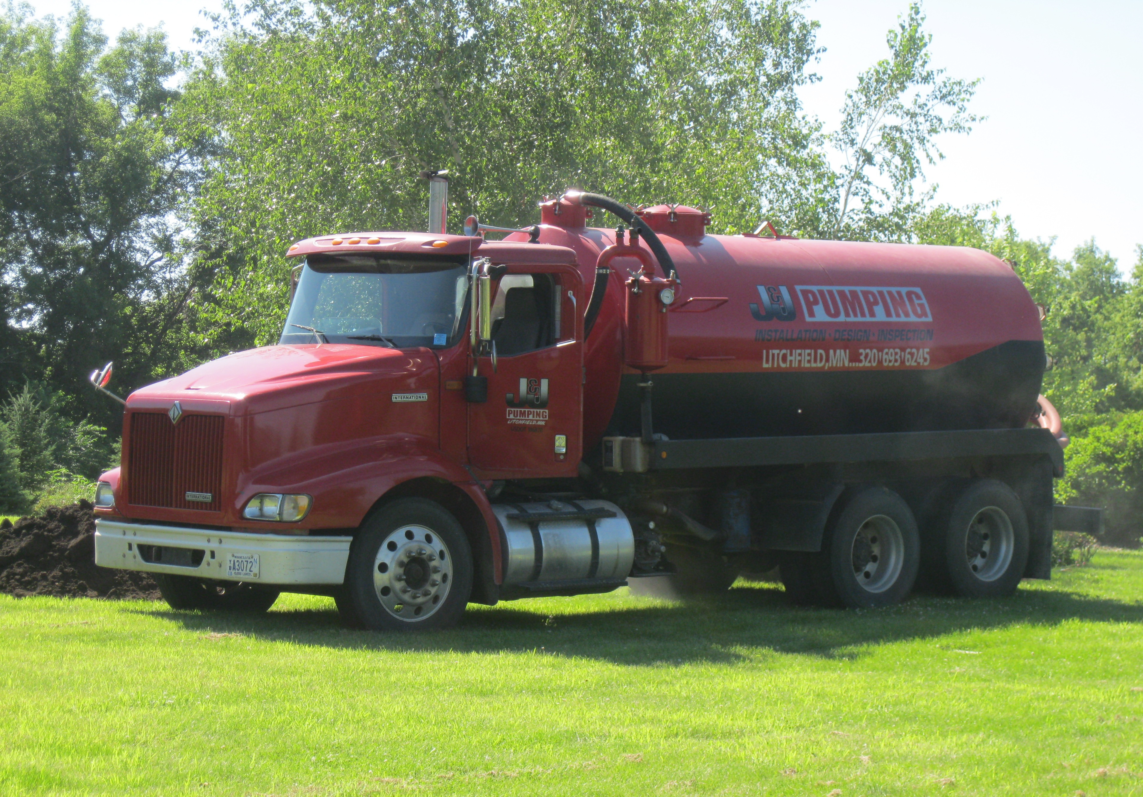 Septic System Pumping Truck